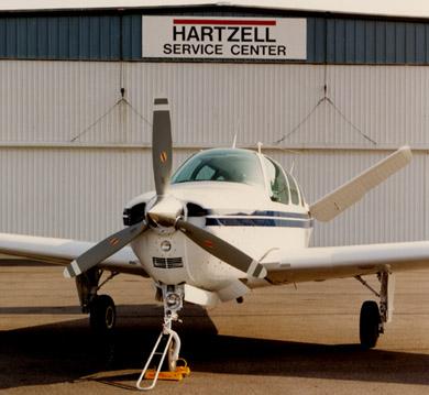 Beechcraft_Bonanza-and-Debonair_IO-470-3-blade