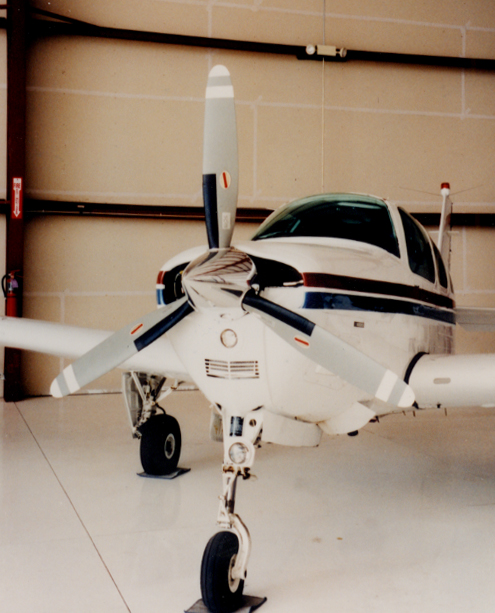 Beechcraft_Bonanza-and-Debonair_IO-550