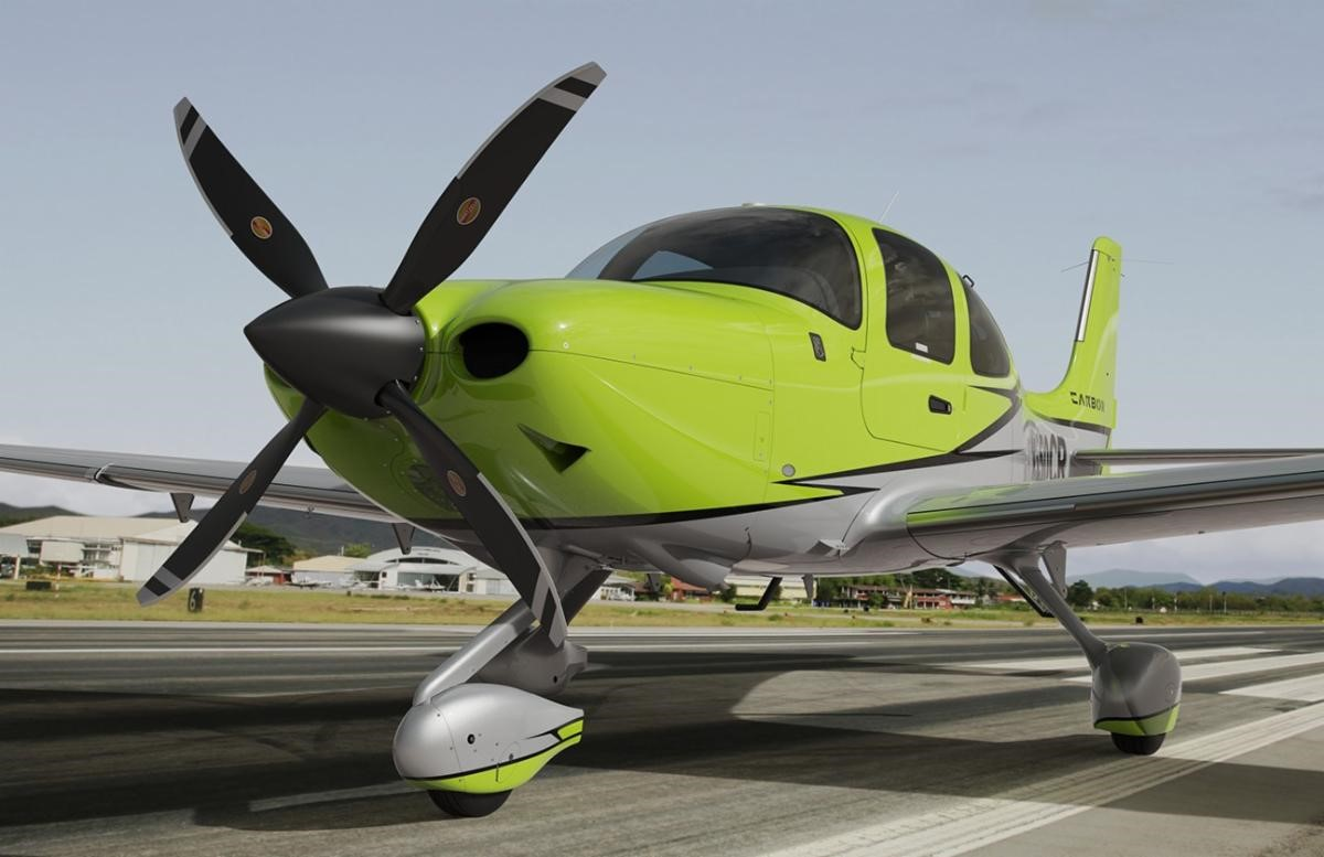 CIRRUS SR22(T) airplane with Hartzell Odyssey Propeller