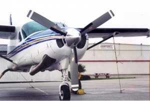 Cessna Caravan with Start Locks