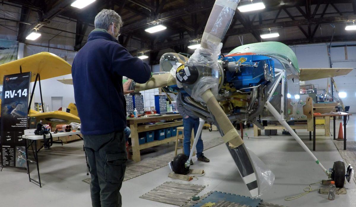 Steve Thorne of Flight Chops installing Hartzell's Explorer Propeller
