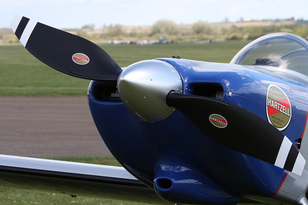 Hartzell Propeller and the RV8tors aearobatic team join forces