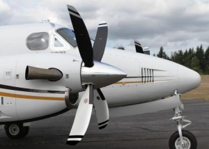 King Air B200 with Hartzell Props