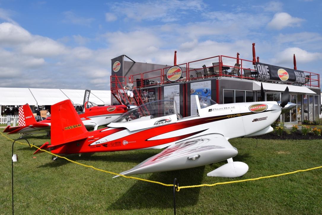 Redline Airshows airplane